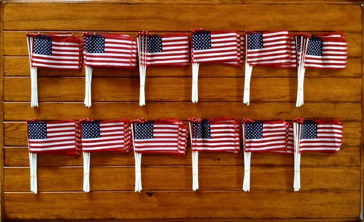 small american flags at bald eagle flag store